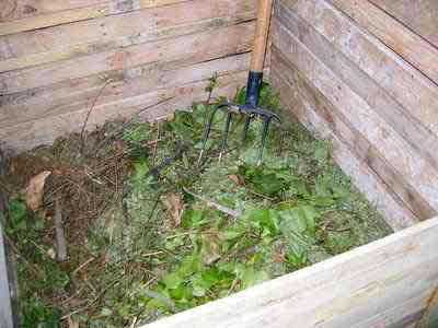 compostador para cesped