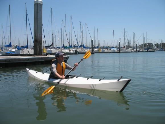 Un kayak, plegable de origami