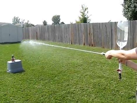 Como hacer una pistola de agua a presión casera