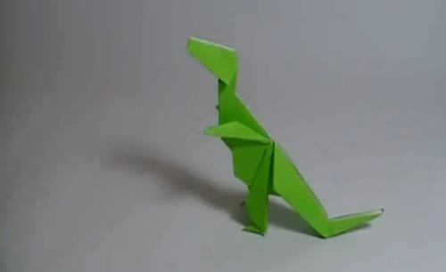 tyranosaurus rex de papel
