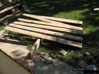 viga madera del palet  para el compostador