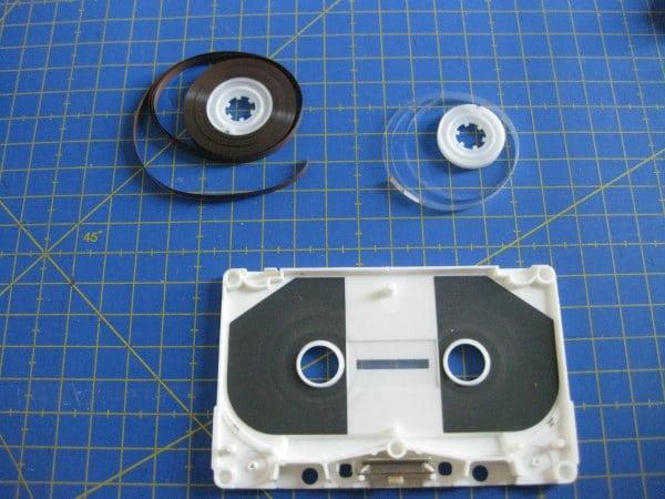 Piezas que forman un cassette