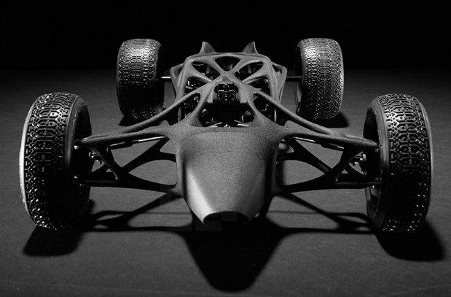 estructura del coche, inspirada por los huesos de los pájaros