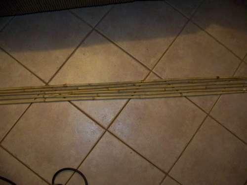 cañas de bambu enderazadas para hacer flechas