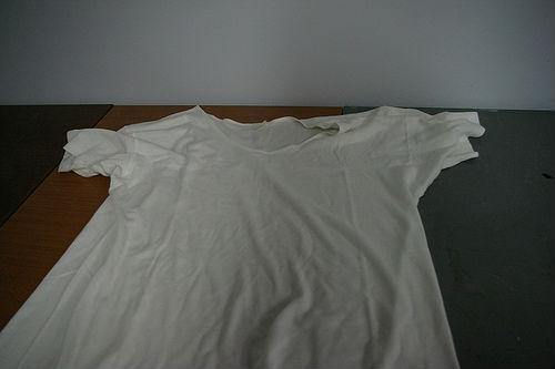 camiseta para hacer la caja de herramietnas con espuma