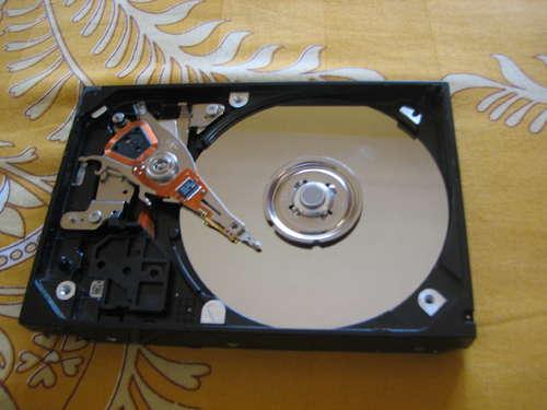 desmontar un disco duro