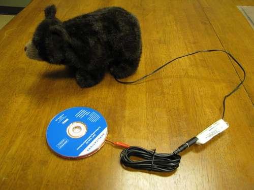 interruptor hecho con un cd para juguetes