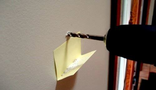 recoger los escombros con un post-it