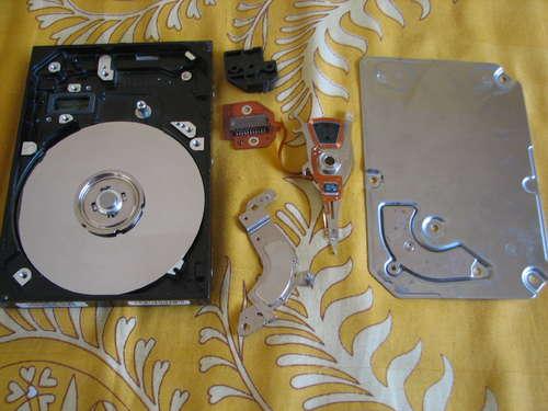 piezas de un disco duro