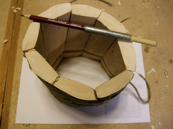 dibujando la plantilla de la base de la jarra