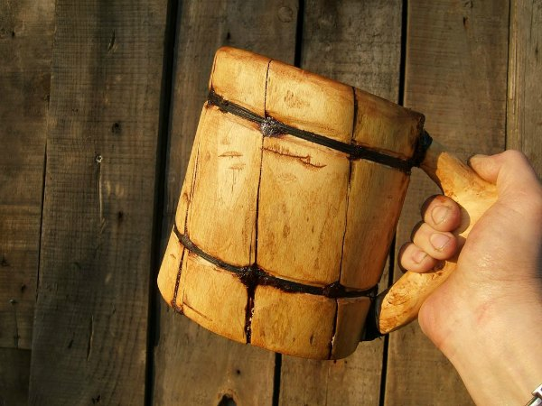 Como hacer una jarra de cerveza vikinga casera