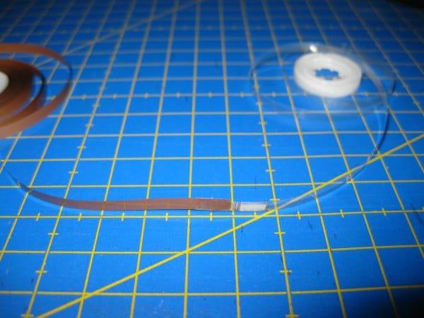 Rotura de banda magnética de cassette arreglada con celo