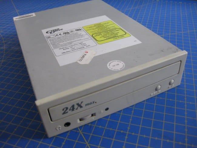 Como reciclar un lector de CD o DVD