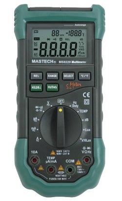Un multimetro, herramienta 5 en 1 para los makers