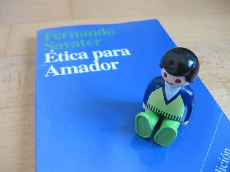 Libro de ética ideal para adolescentes y para iniciarse en este mundillo
