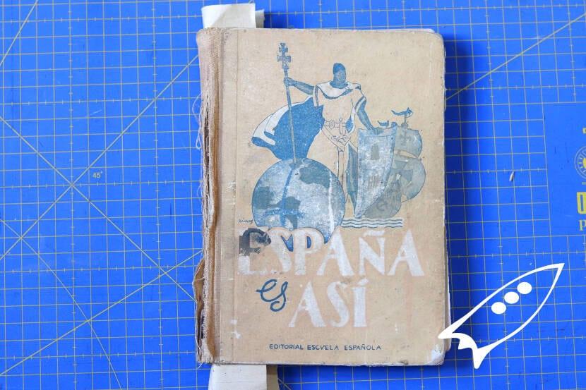 arreglando interior de cubirta del libro