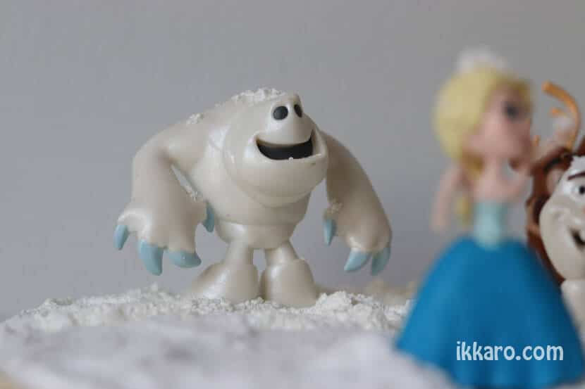 Marshmallow, contento con su nieve de Maizena