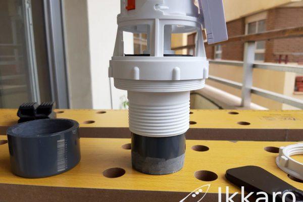 Cómo adaptar un mecanismo de descarga de cisterna universal para usarlo en uno más pequeño
