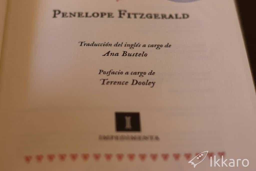 traducción de Ana Bustelo para la novela de penelope fitzgerald