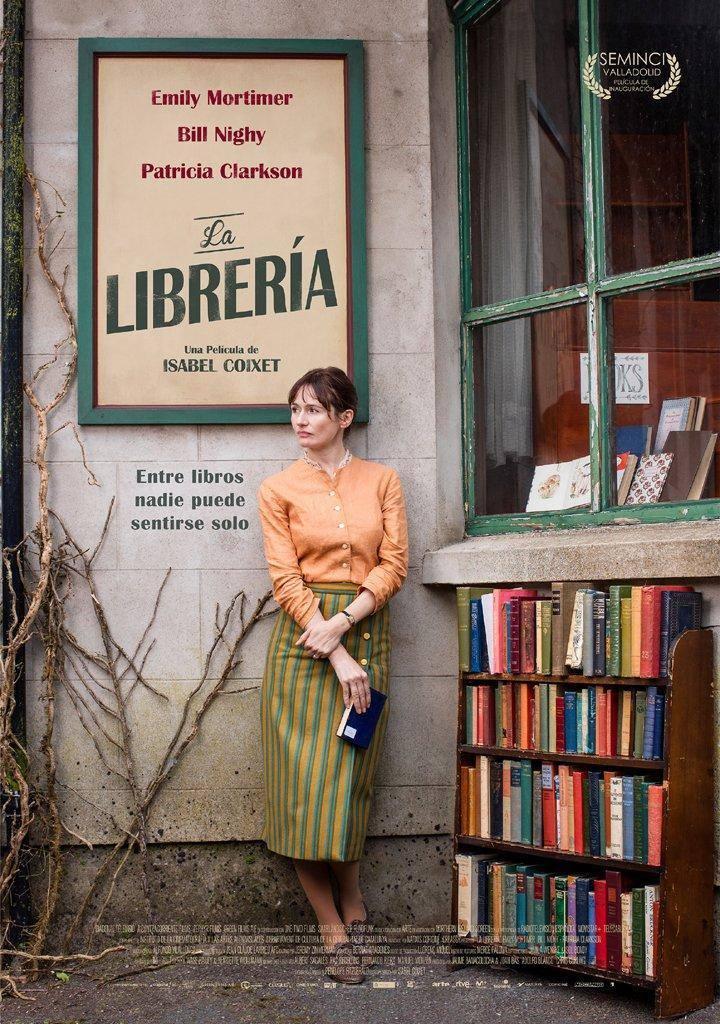 cartel de la película La librería de Isabel Coixet nominada a 12 Goyas