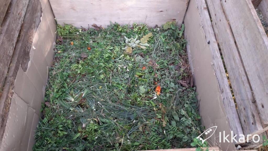 segunda capa de la pila de compost