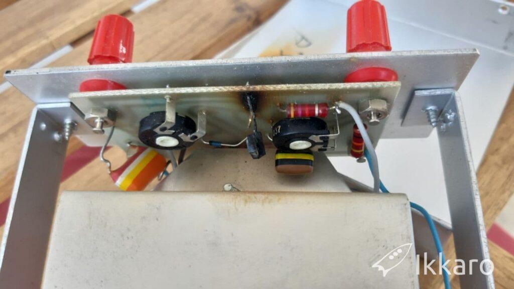 reparar controlador carga baterías